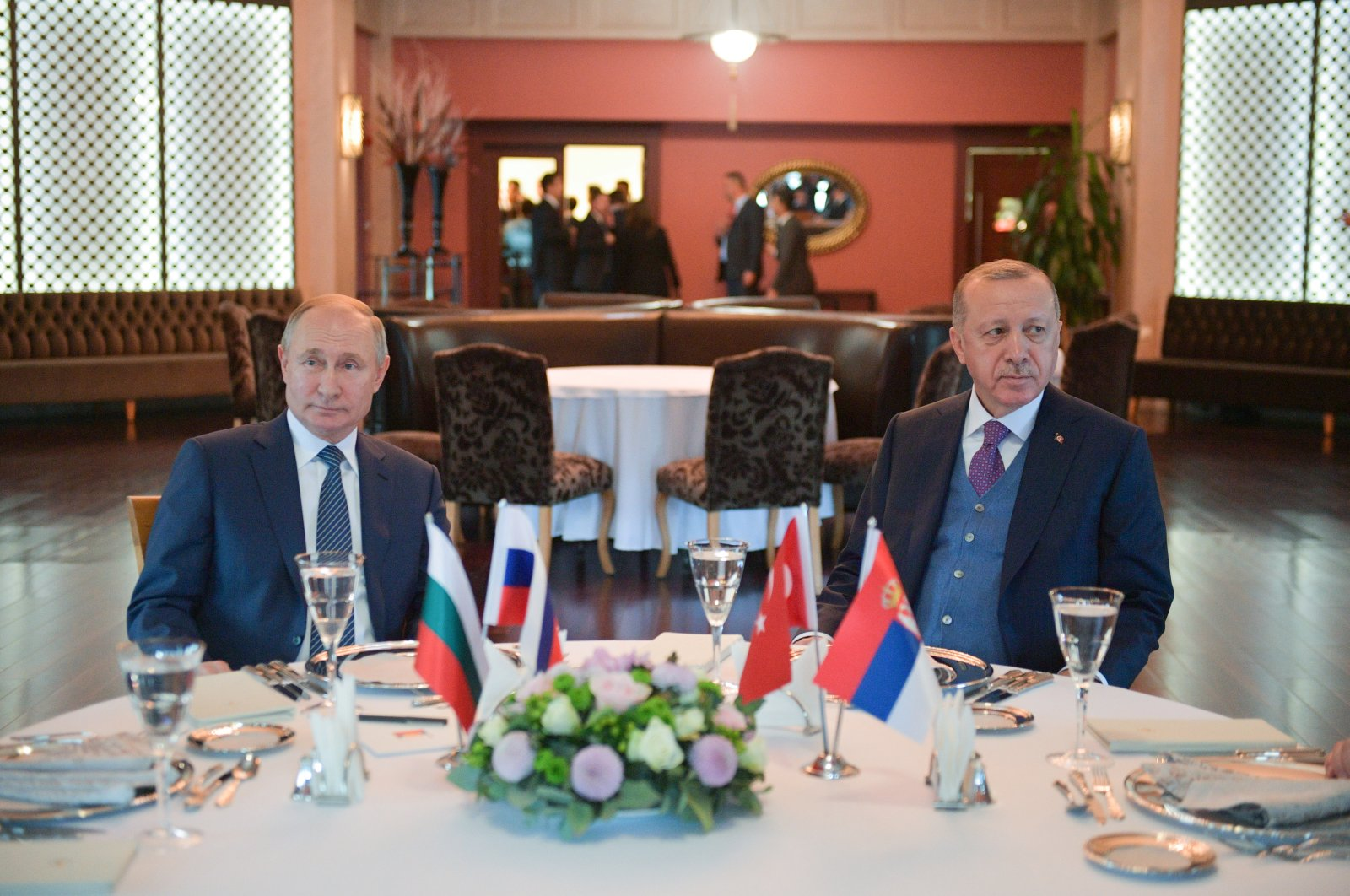 President Recep Tayyip Erdoğan and Russian President Vladimir Putin attend a working lunch in Istanbul, Jan. 8, 2020.  (Reuters Photo)