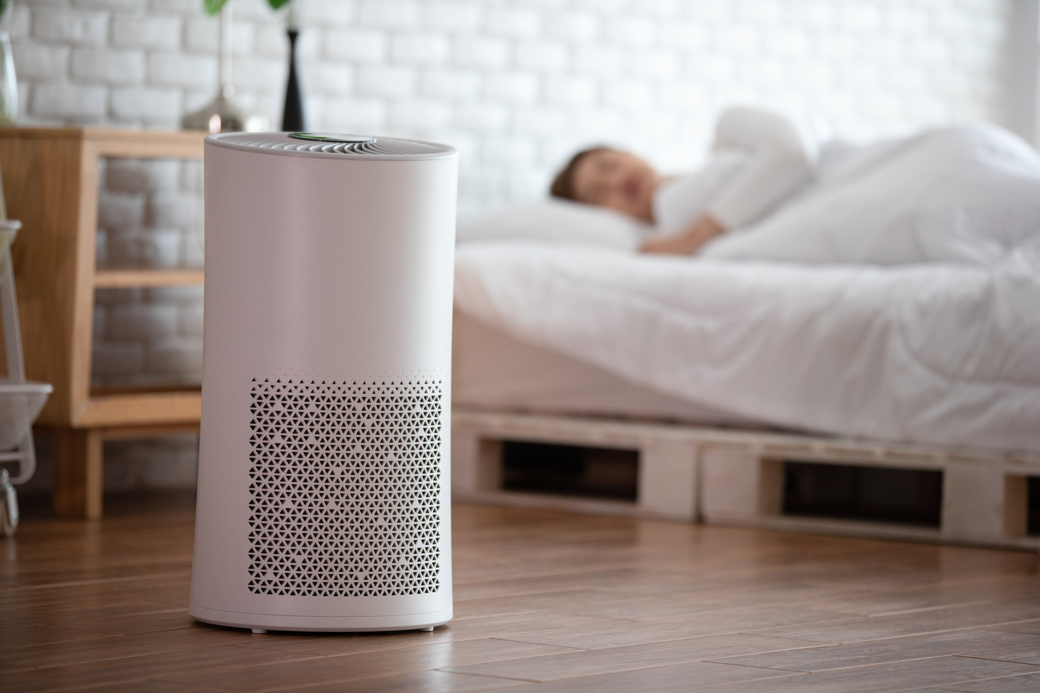 Air purifiers can filter out and remove small particles of dust and toxins from the air. (iStock Photo)