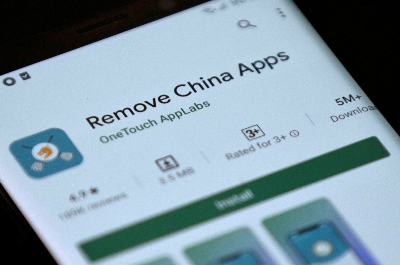 Remove China Apps is seen in the Google Play store on a mobile phone in this shot taken on June 2, 2020. (Reuters Photo)