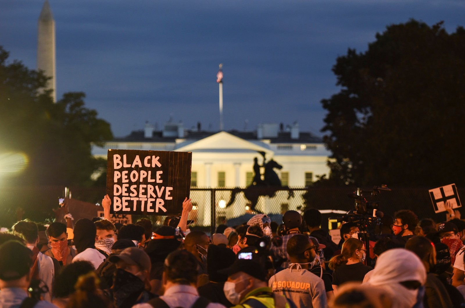 Demonstrators protest the death of George Floyd near Lafayette Square across from the White House, Washington, D.C., June 2, 2020. (AFP Photo)