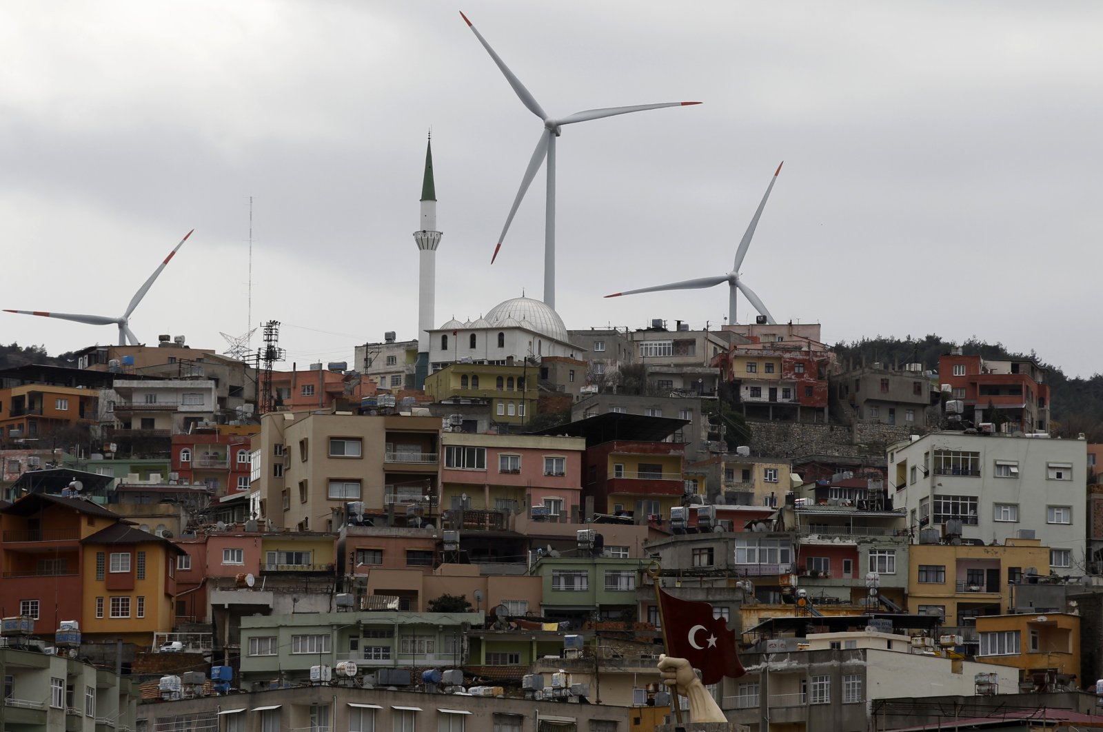 Wind turbines are seen in the southern town of Belen, Hatay province, Turkey. (Reuters Photo)