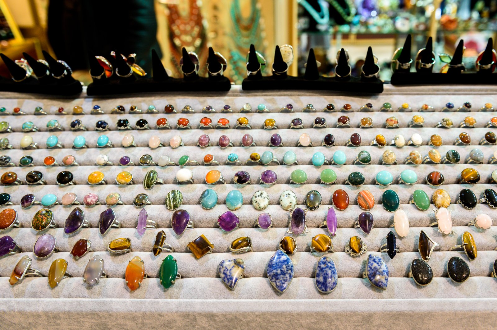 Jewelry fitted with precious stones and gems is still popular in Turkey even today. (iStock Photo)