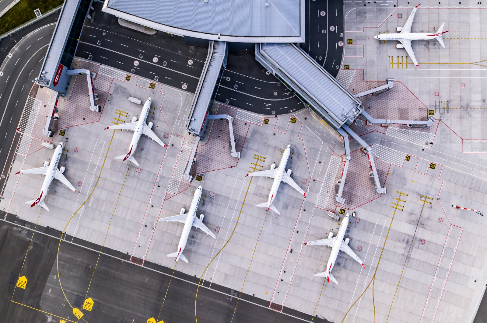 Planes sit on the tarmac at Istanbul Airport, Turkey. (Photo courtesy of IGA)