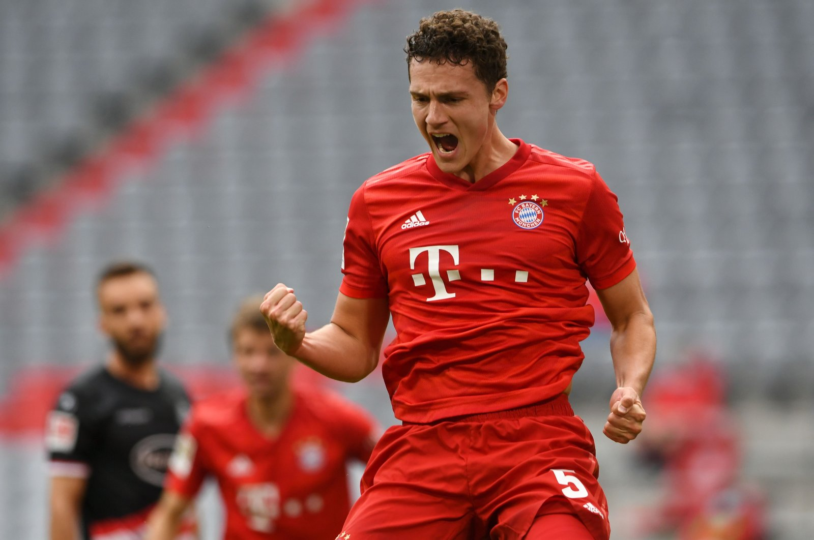 Bayern Munich's Benjamin Pavard celebrates a goal during a Bundesliga match against Fortuna Duesseldorf in Munich, Germany, May 30, 2020. (AFP Photo)