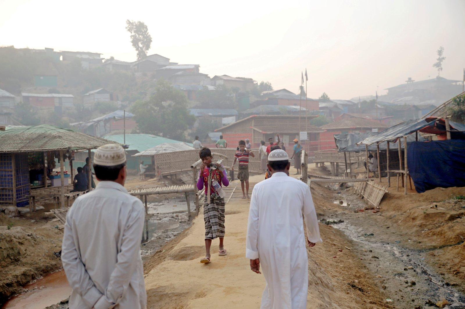 Rohingya refugees walk on a road at the Balukhali camp in Cox's Bazar, Bangladesh, April 8, 2019. (Reuters Photo)