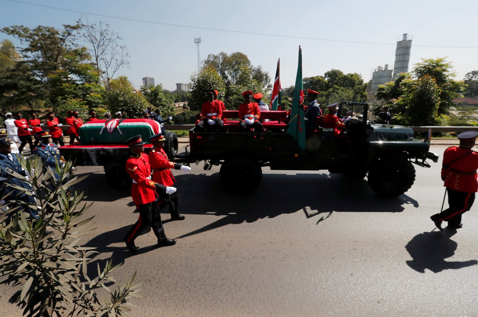 Military officers escort a gun carriage carrying the coffin of late President Daniel Arap Moi during a state funeral procession to Nyayo National Stadium, the venue of the national memorial service, Nairobi, Kenya, Feb. 11, 2020. (Reuters Photo)