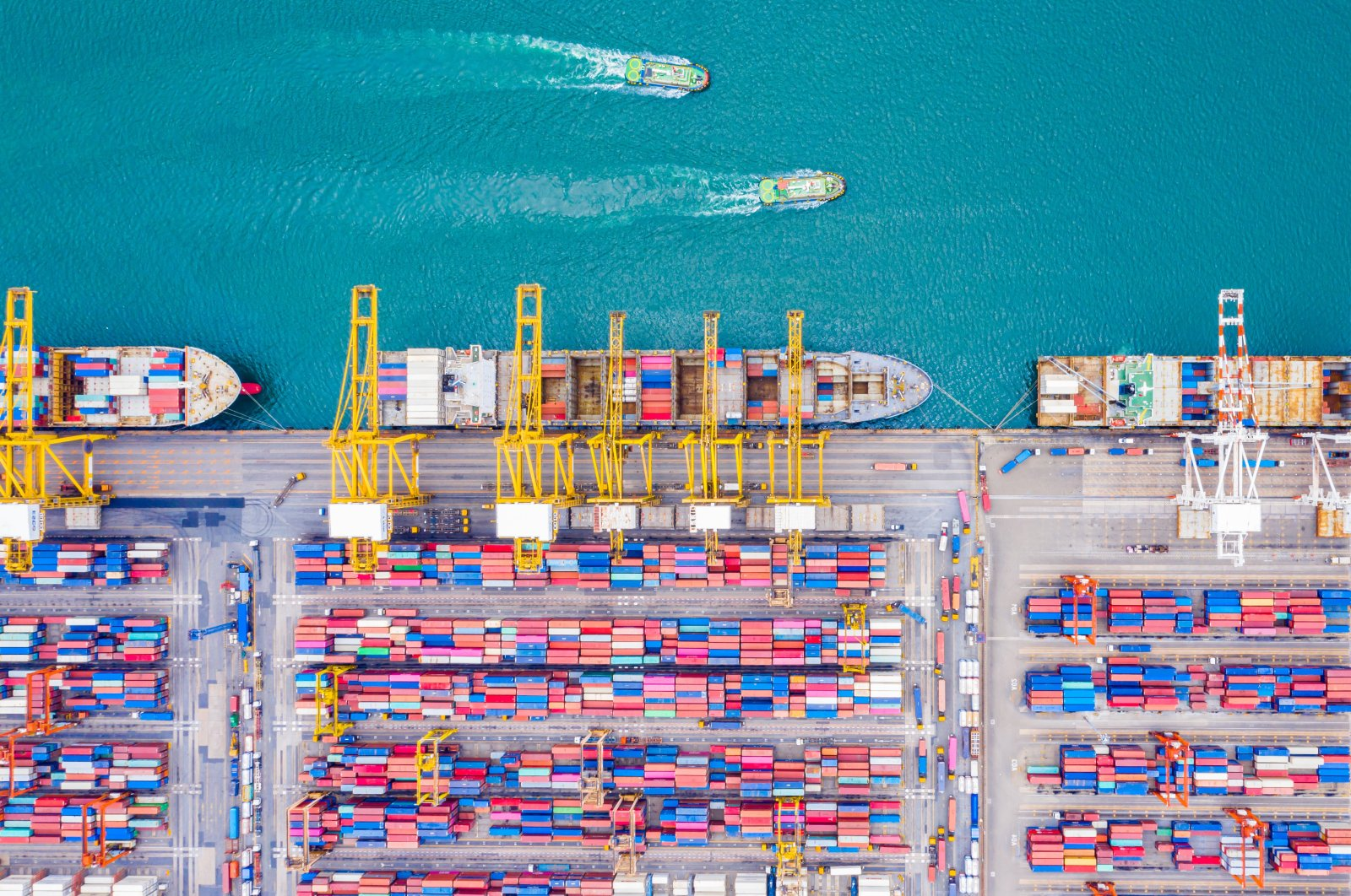 Container ships seen in a port in western Turkey's Izmir province, June 3, 2020. (IHA Photo)