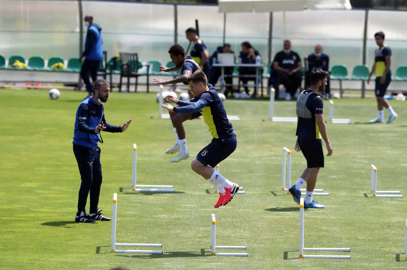 Fenerbahçe players attend a training session in Istanbul, Turkey, June 2, 2020. (İHA Photo)