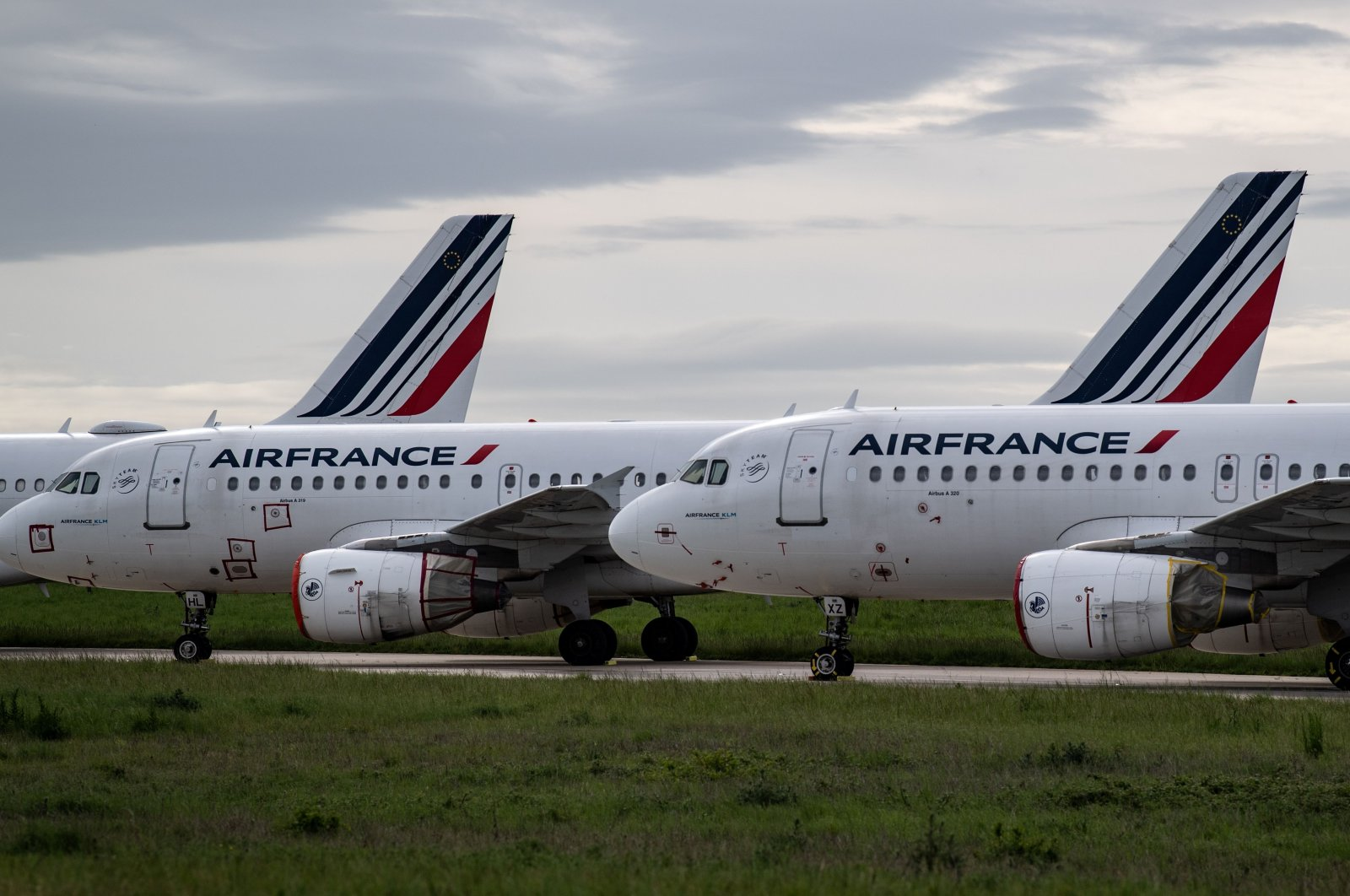 Air France planes are parked on the tarmac at Paris Charles de Gaulle Airport in Roissy, France, on the 45th day of the coronavirus lockdown, April 30, 2020. (AFP Photo)
