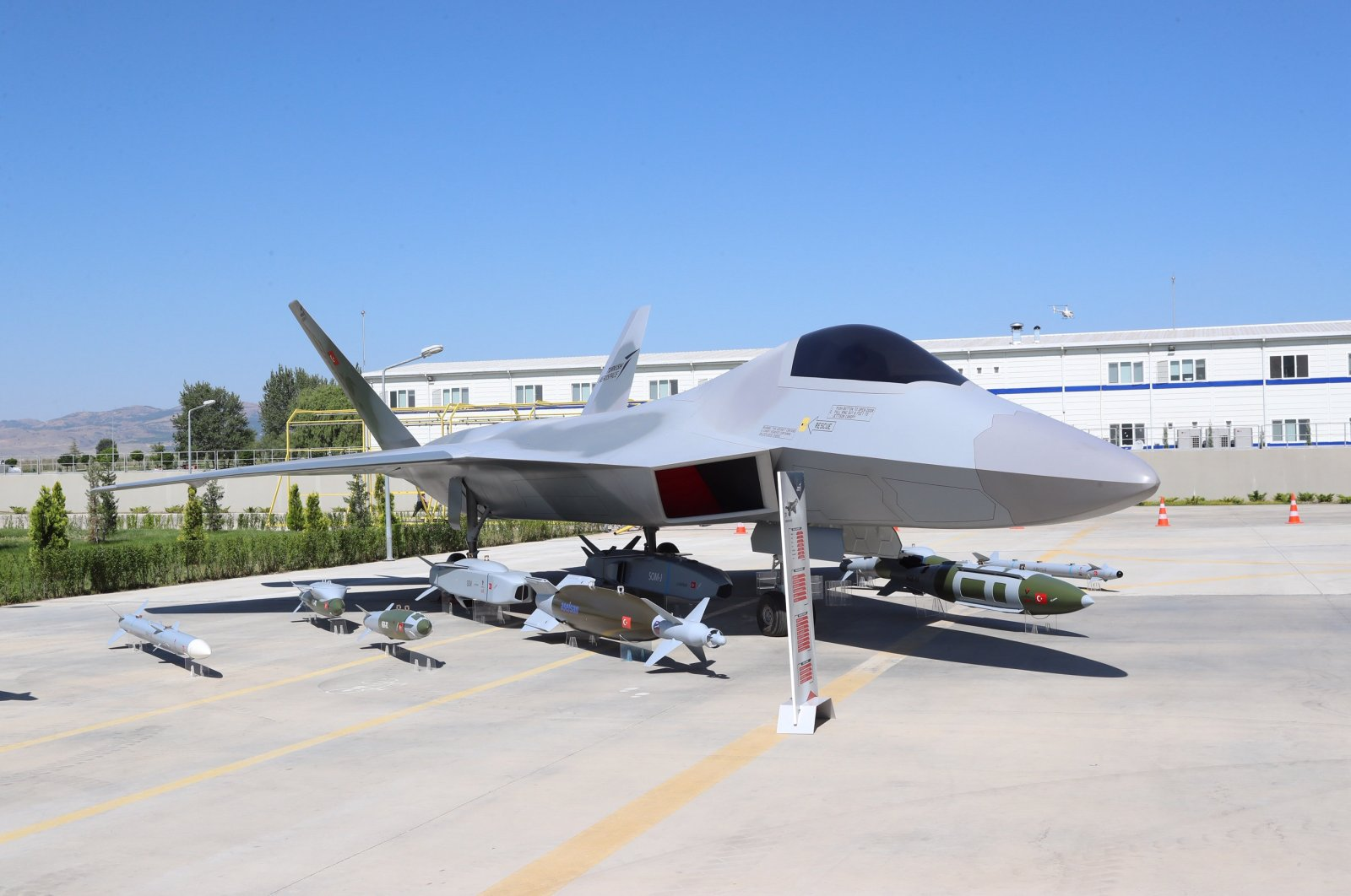 The prototype of Turkey's national combat aircraft presented at an aviation, space and technology fair held in Istanbul, September 16, 2019. (File Photo)