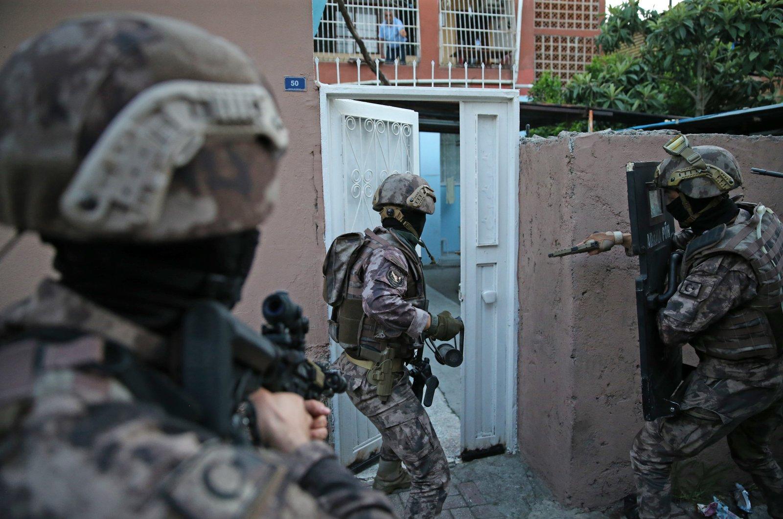Counterterrorism police conduct an operation in Adana province, June 10, 2020 (AA photo)
