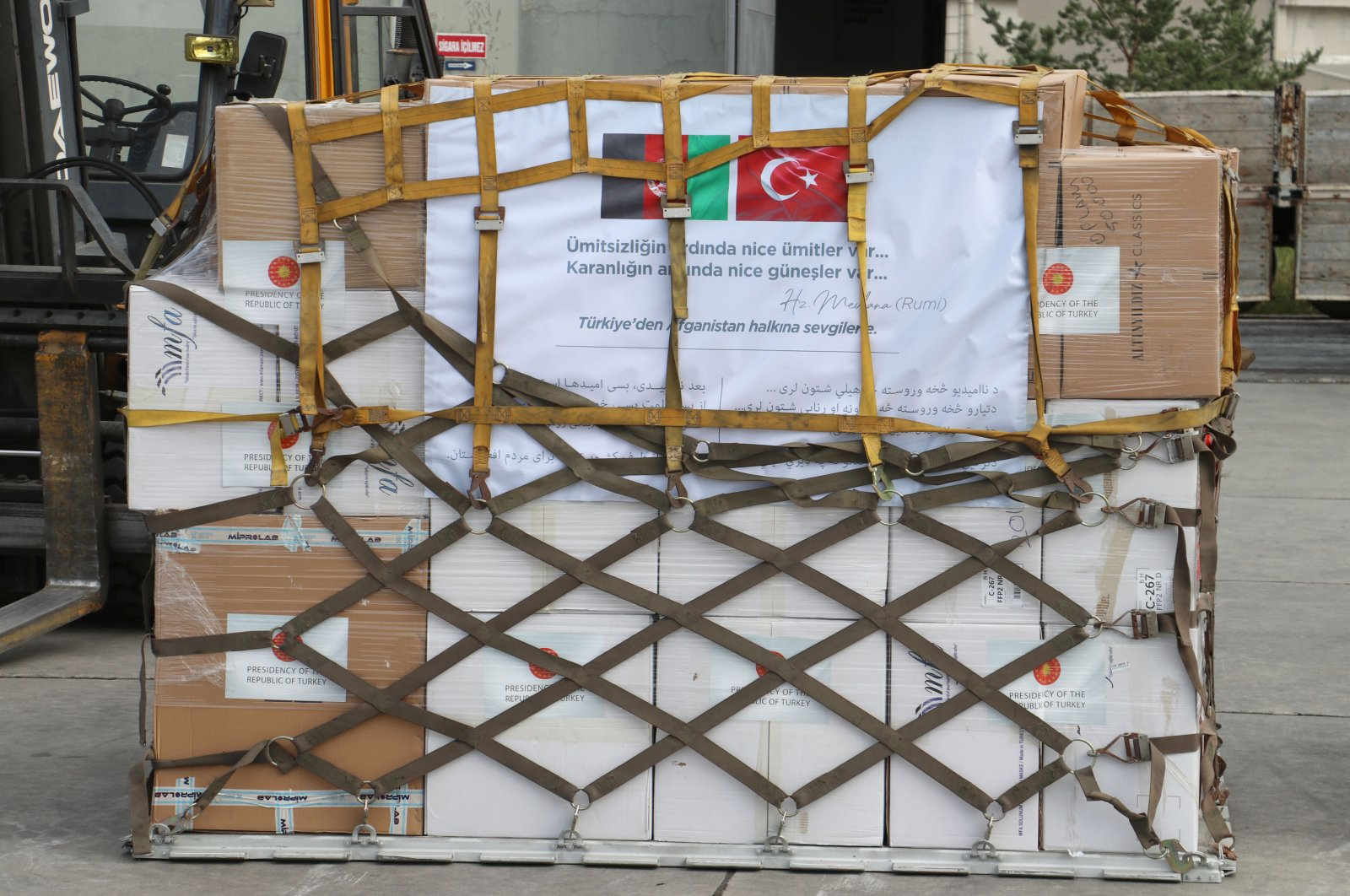 A Turkish plane carrying medical supplies departed from the capital Ankara, Turkey, for Afghanistan, June 11, 2020. (DHA Photo)