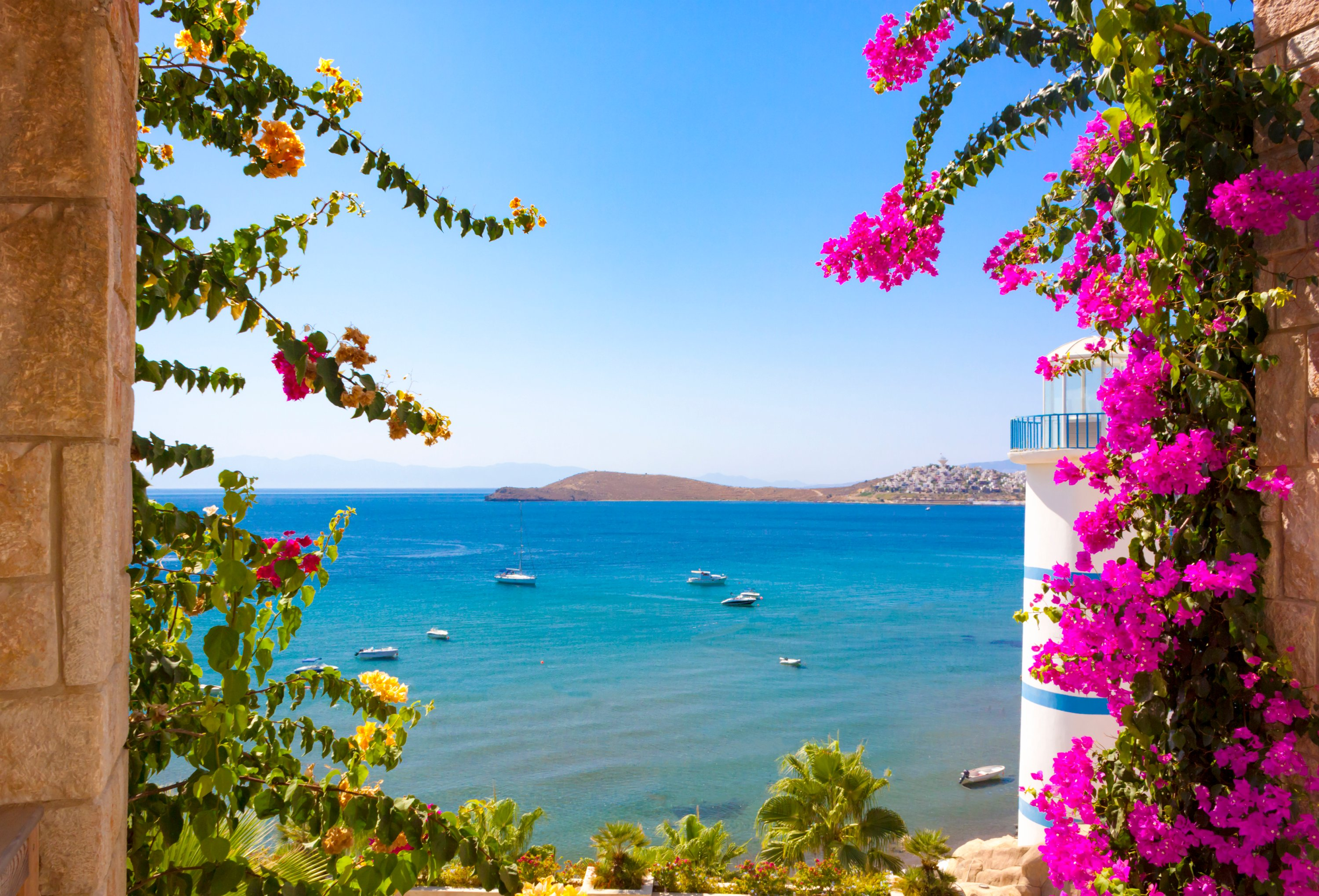 Turkey's southern and western coasts have been expats' favorite locations to settle in the country. (iStock Photo)