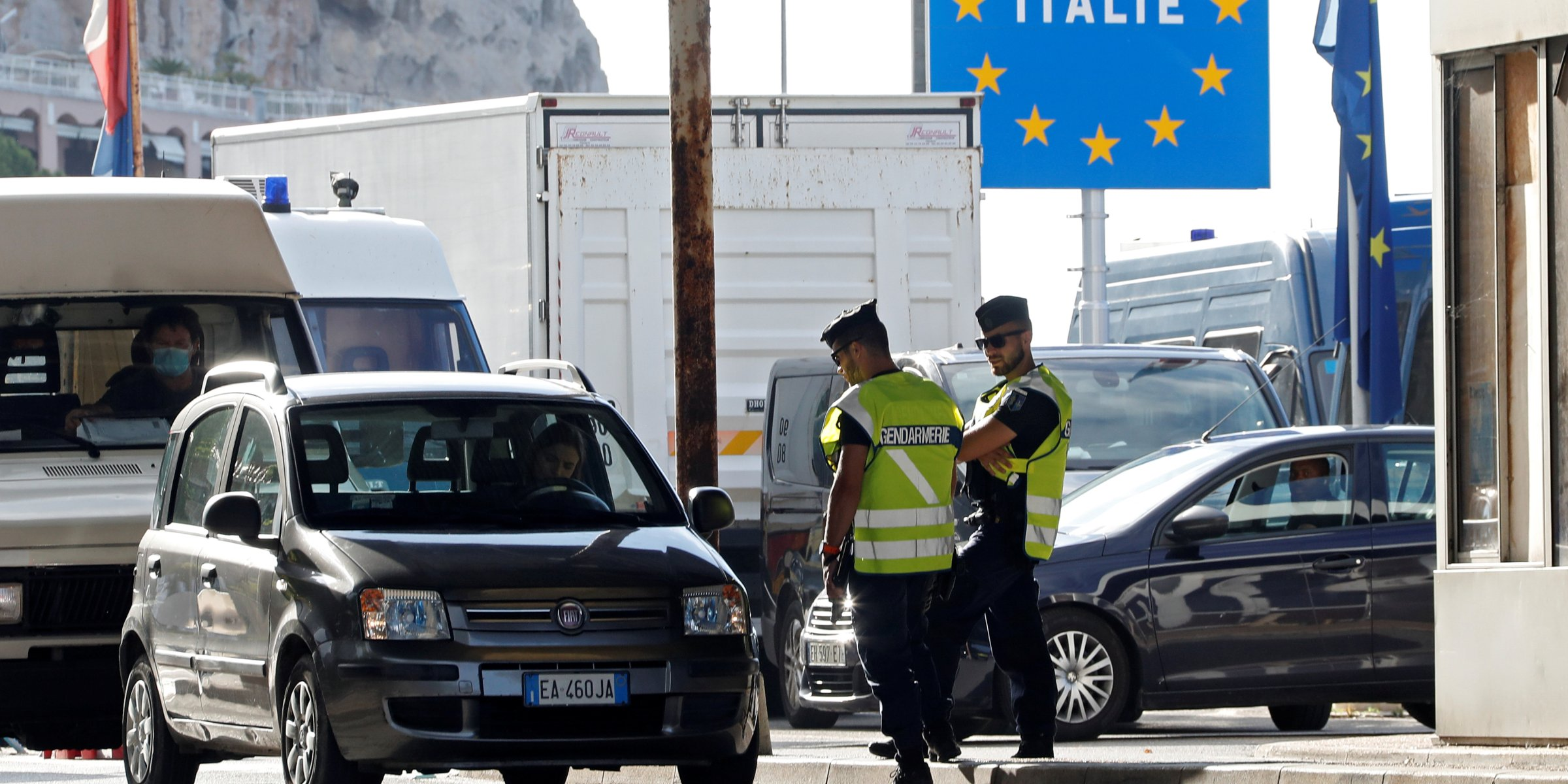 EU countries reopen borders without returning to free travel yet  Daily Sabah