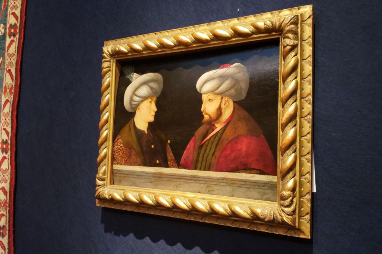 The painting depicts Sultan Mehmed the Conqueror with an unknown person. (DHA PHOTO)