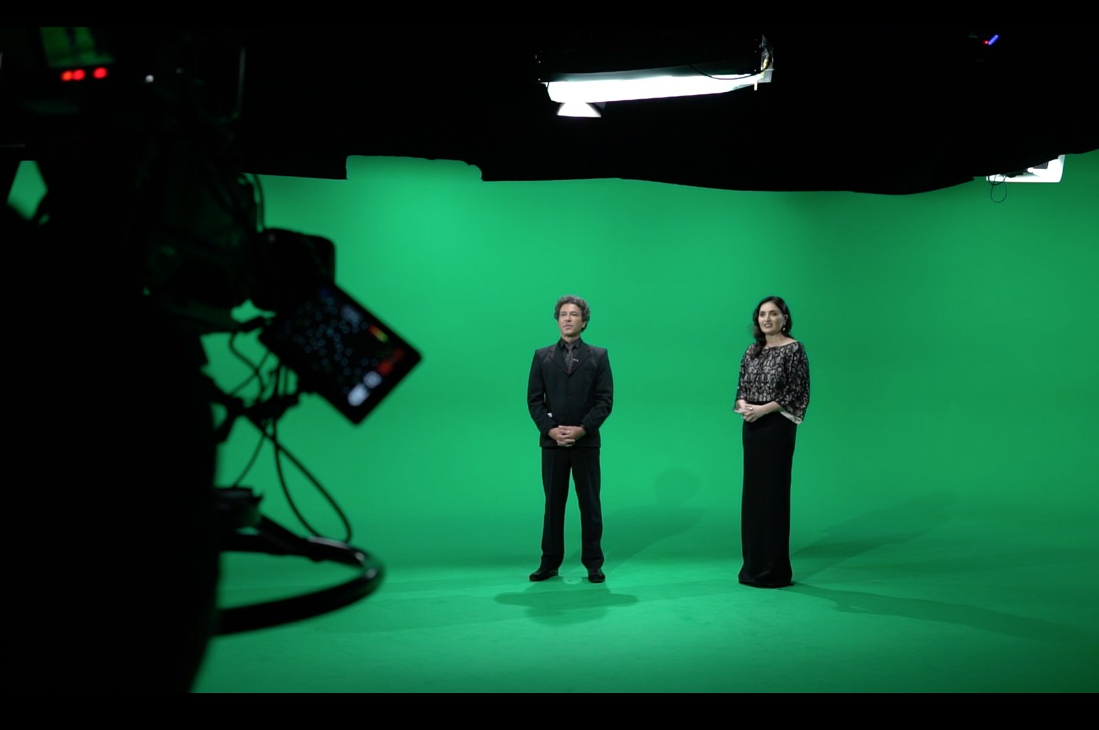 The opening ceremony of the festival was held in real-time in a 3D virtual studio.