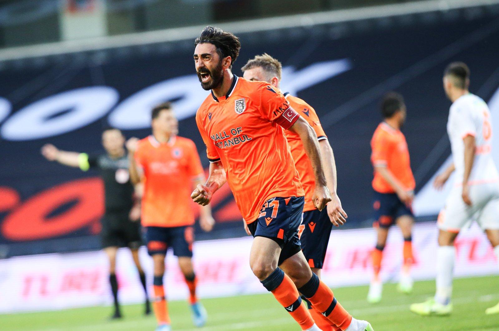 Başakşehir's Mahmut Takdemir celebrates a goal during a Süper Lig match against Alanyaspor, Istanbul, Turkey, June 13, 2020. (AA Photo)