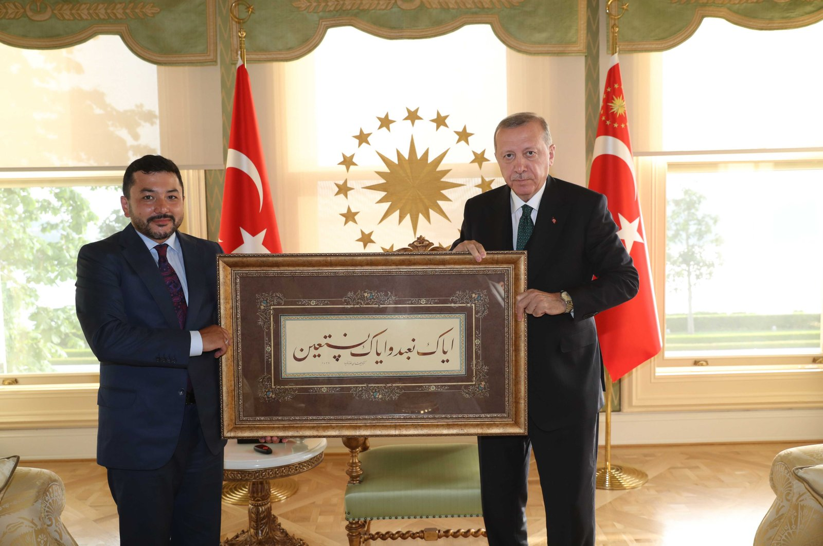Islamic Cooperation Youth Forum (ICYF) President Taha Ayhan at a meeting with Turkish President Recep Tayyip Erdoğan. (Photo courtesy of ICFY)