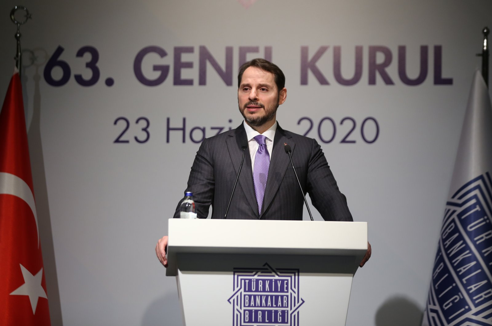 Treasury and Finance Minister Berat Albayrak delivers a speech at the general assembly of the Banks Association of Turkey in Istanbul, June 23, 2020. (AA Photo)