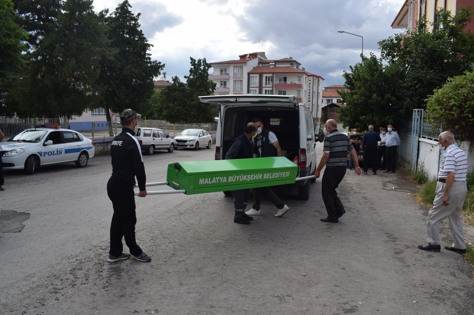 People carry a coffin to a hearse in Malatya, Turkey, in this undated photo. (İHA Photo)