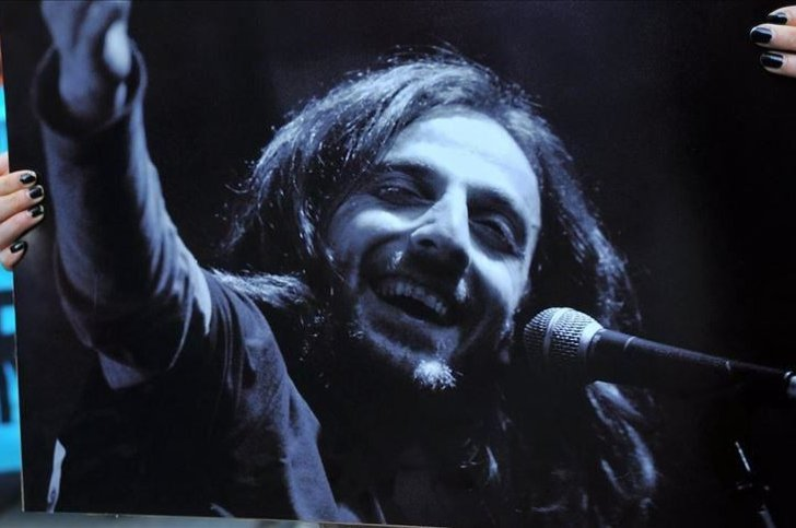 Despite warnings from his doctors after being diagnosed with cancer, Kazım Koyuncu continued to give concerts. (AA Photo)