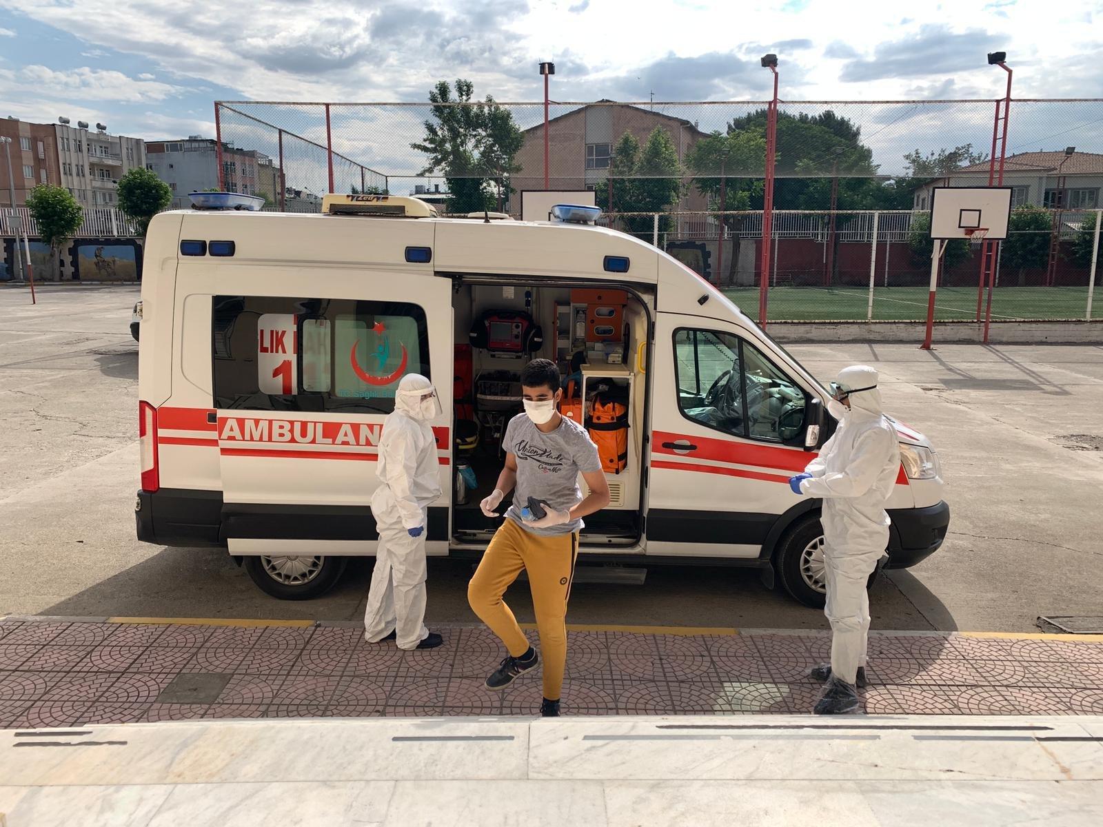2.5M students take university entrance exam amid COVID-19 outbreak thumbnail
