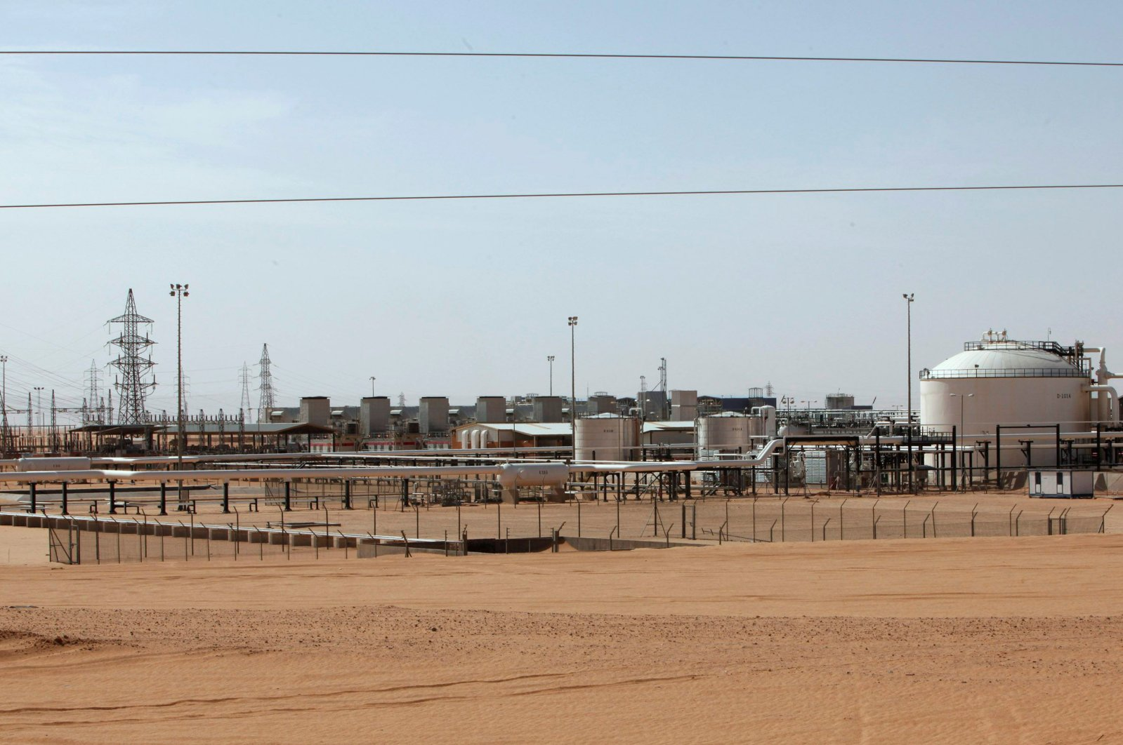 A general view of Libya's Sharara oil field, Dec. 3, 2014. (Reuters Photo)
