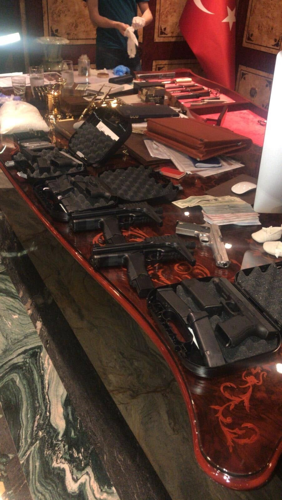 Guns seized in the operations. (Courtesy of the Interior Ministry)