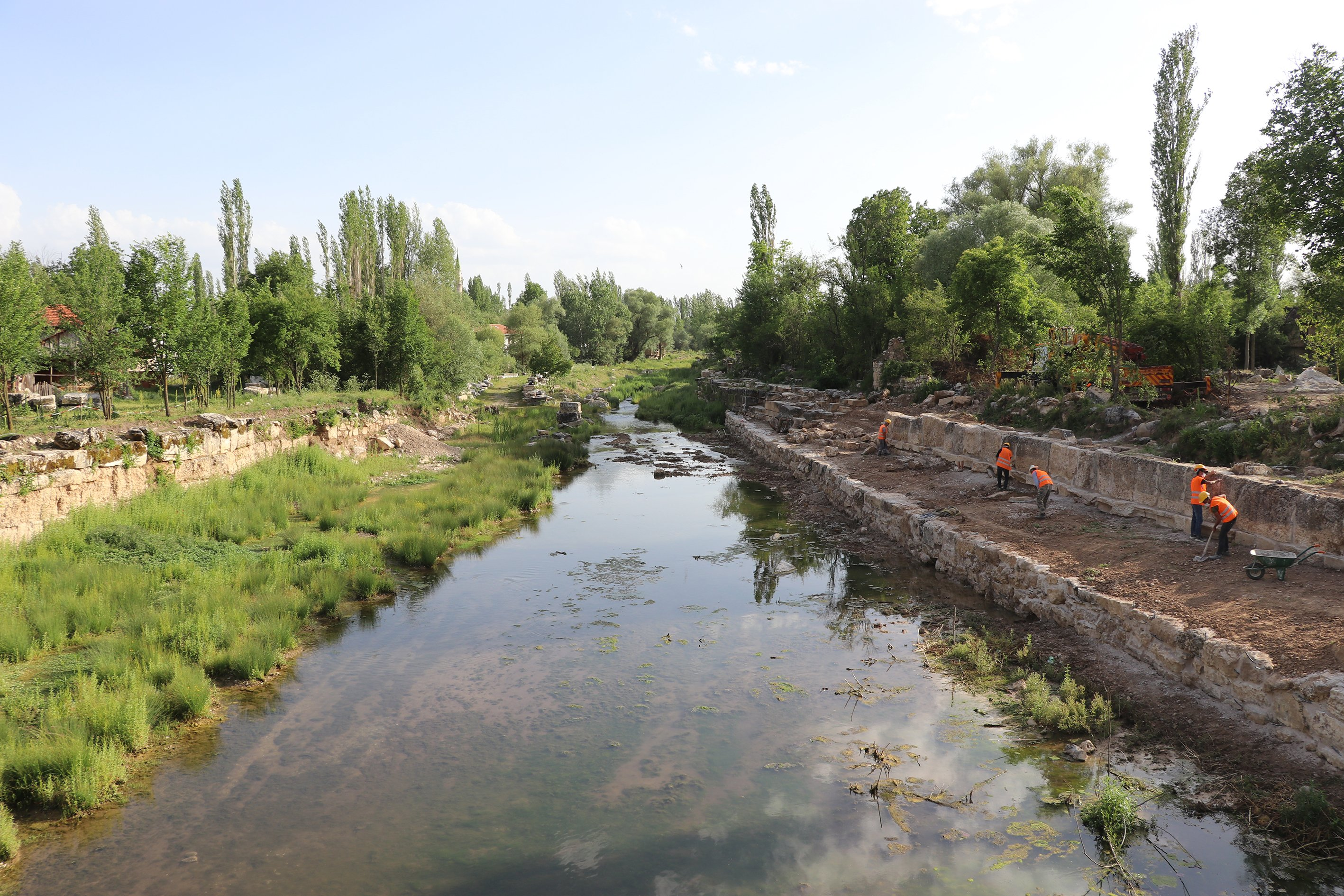 Municipal and archaeological teams are working to get the waterways ready for boat tours. (AA Photo)