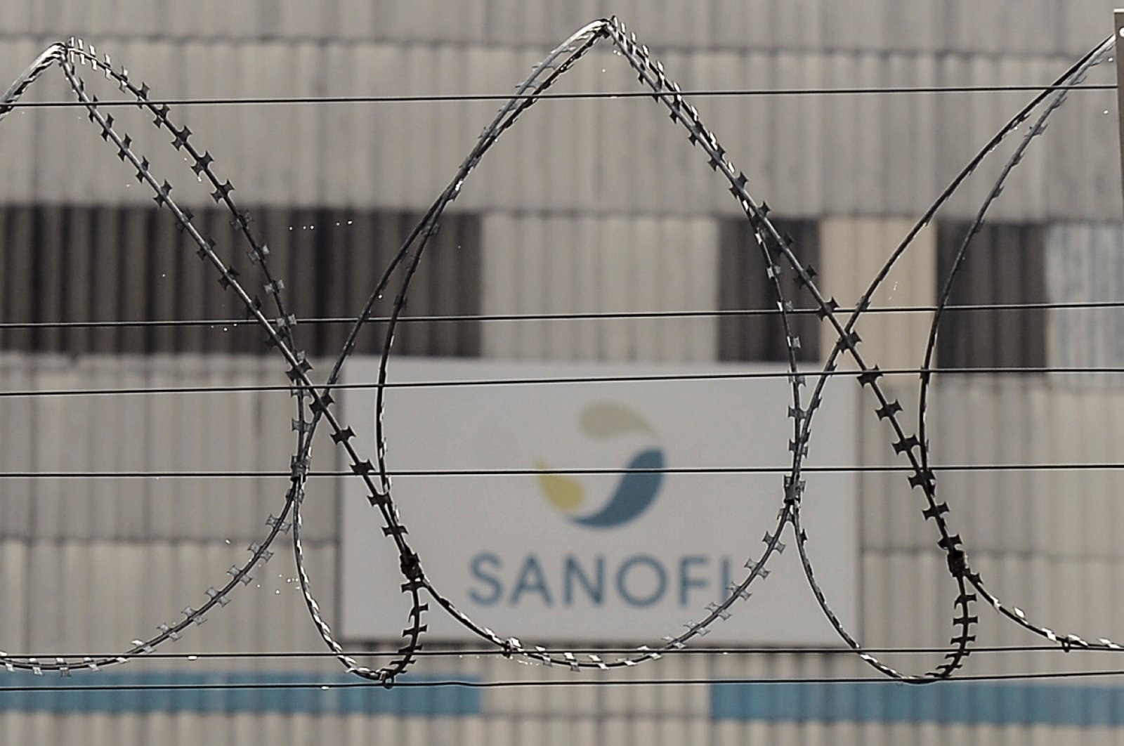 This factory of French pharmaceutical company Sanofi at Mourenx, in southwestern France is implicated in the manufacture of the drug valproate (Depakine), Oct.16, 2018. (AFP Photo)