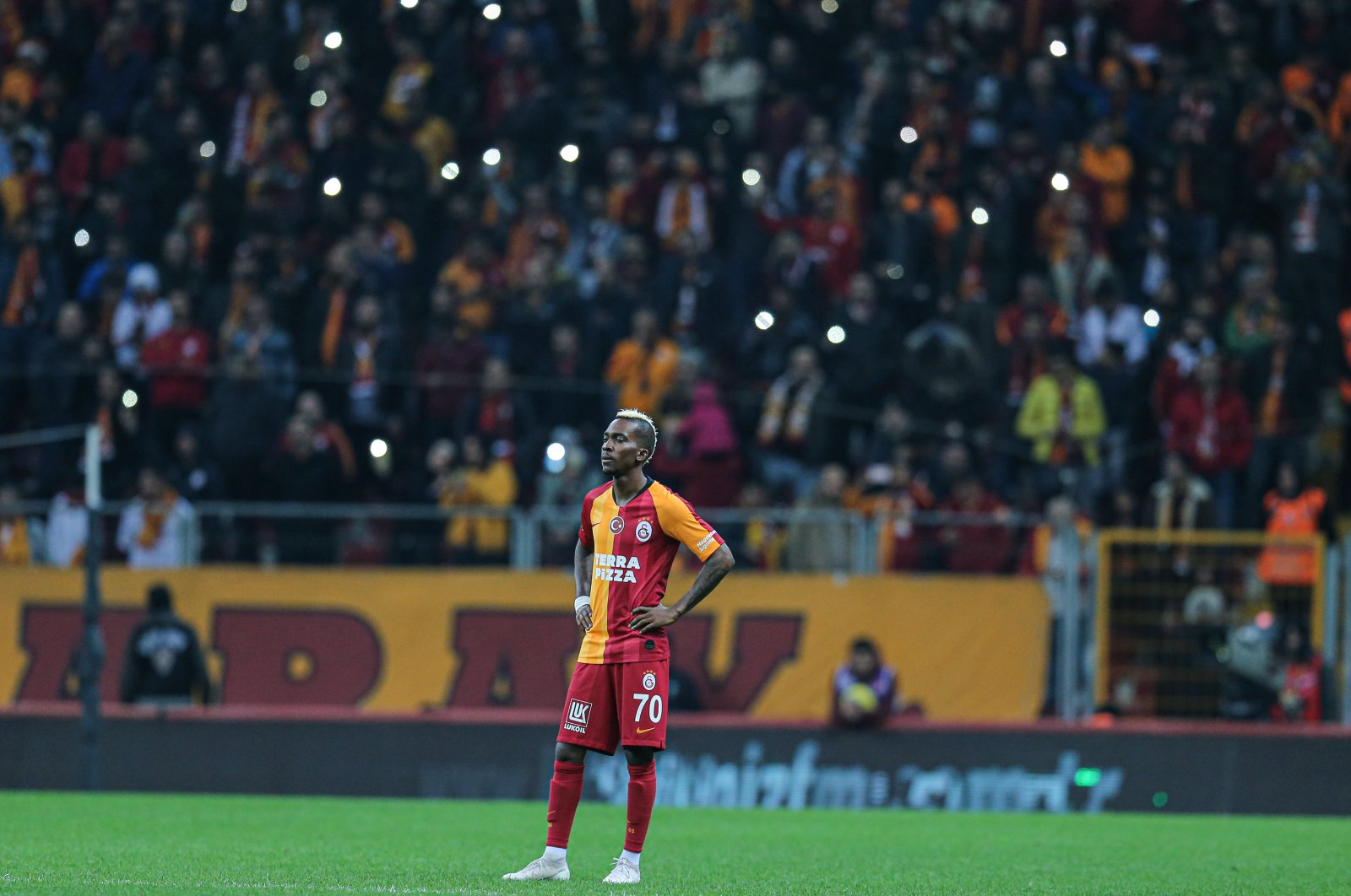 Henry Onyekuru stands during a match between Galatasaray and Kayserispor at the Turk Telekom Stadium in Istanbul on March 2, 2020. (AA Photo)