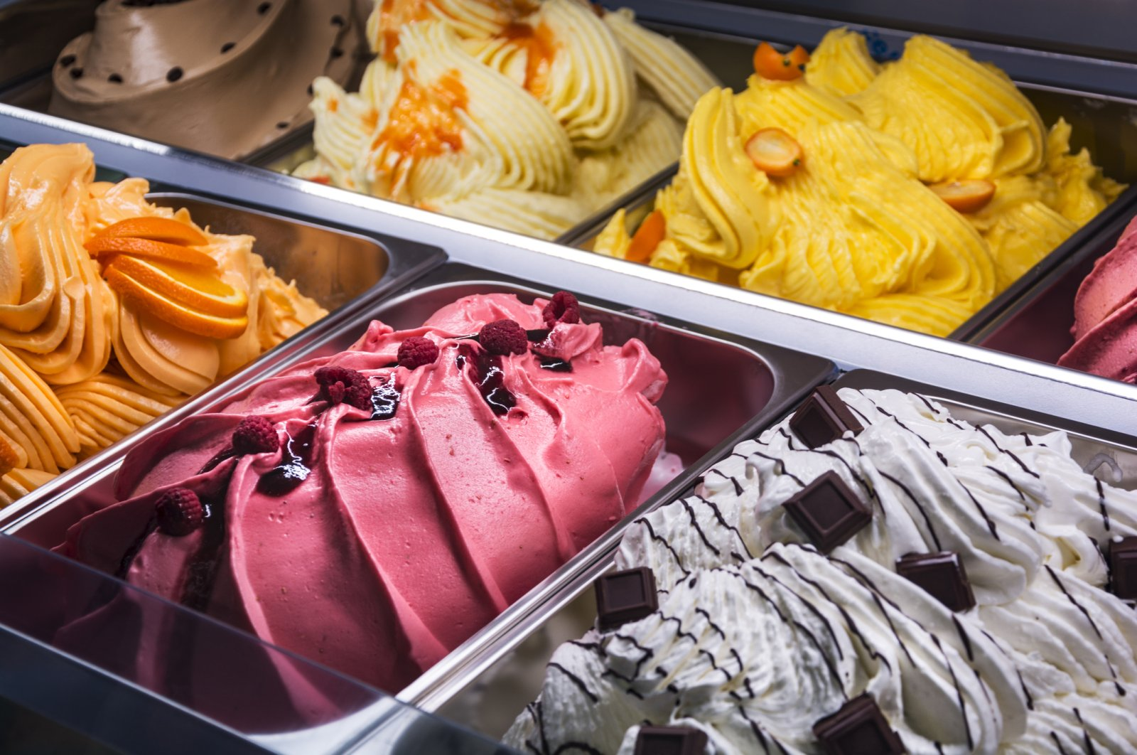 Whether you opt for classics like vanilla or chocolate or more adventurous choices like pistachio or lemon, make sure you pick the best quality. (iStock Photo)