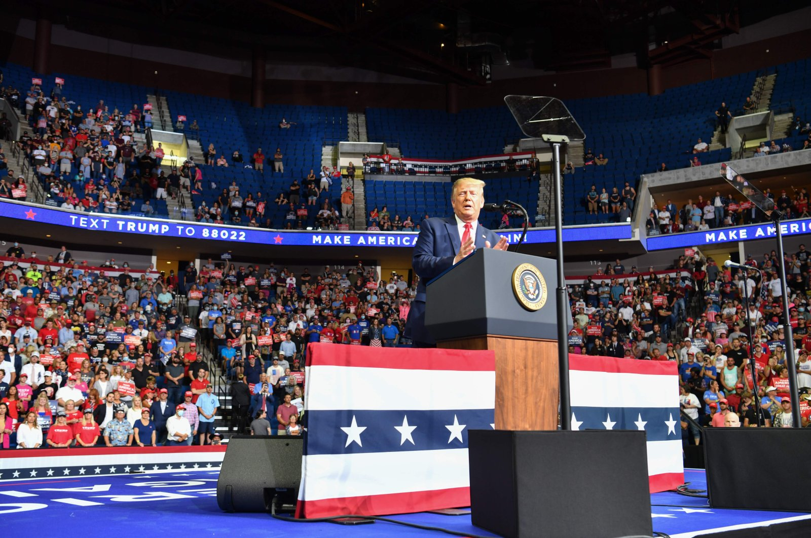 The upper section is seen partially empty as U.S. President Donald Trump speaks during a campaign rally at the BOK Center in Tulsa, Oklahoma, U.S., June 20, 2020. (AFP Photo)