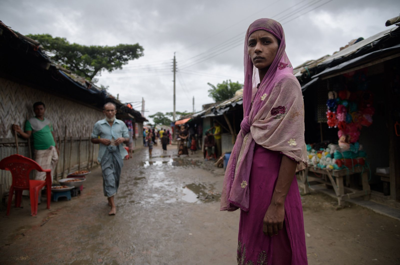 A Rohingya refugee stands on a path in the Nayapara refugee camp near Cox's Bazar, Bangladesh, Aug. 13, 2018. (AFP Photo)