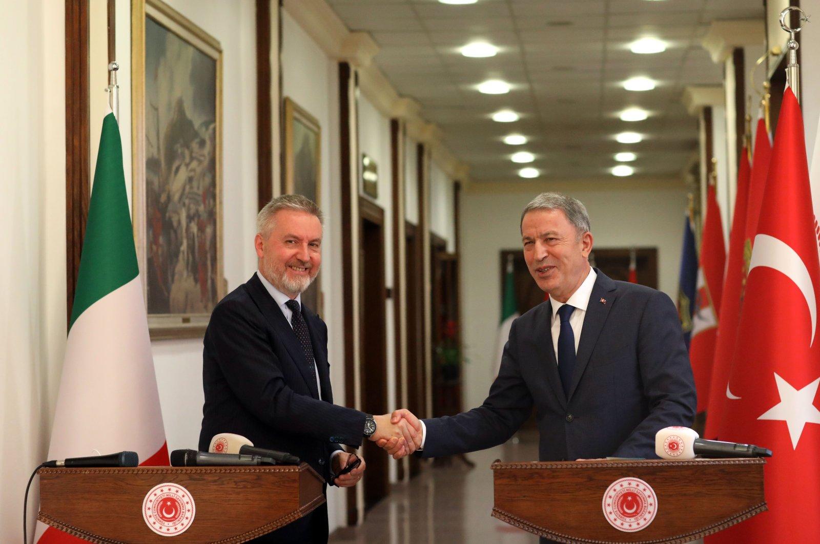Turkish National Defense Minister Hulusi Akar (L) with Italian counterpart Lorenzo Guerini, July 7, 2020. (AA Photo)