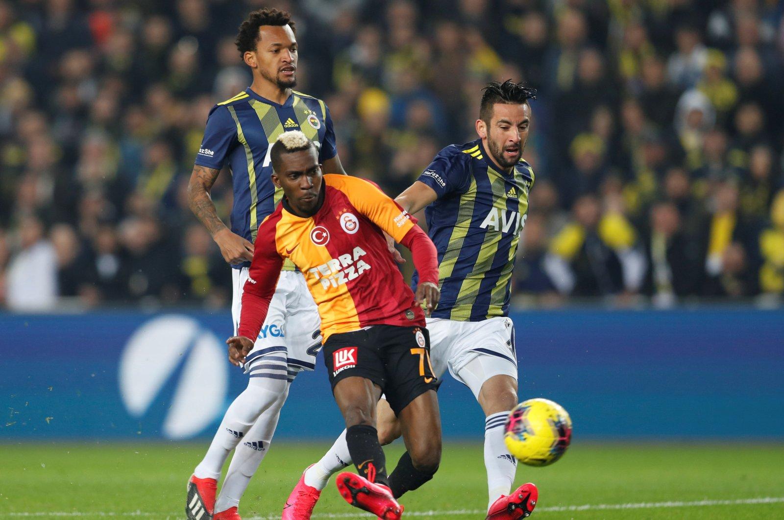 Football - Super Lig - Fenerbahçe vs Galatasaray - Şükrü Saraçoğlu Stadium, Istanbul, February 23, 2020. (REUTERS Photo)