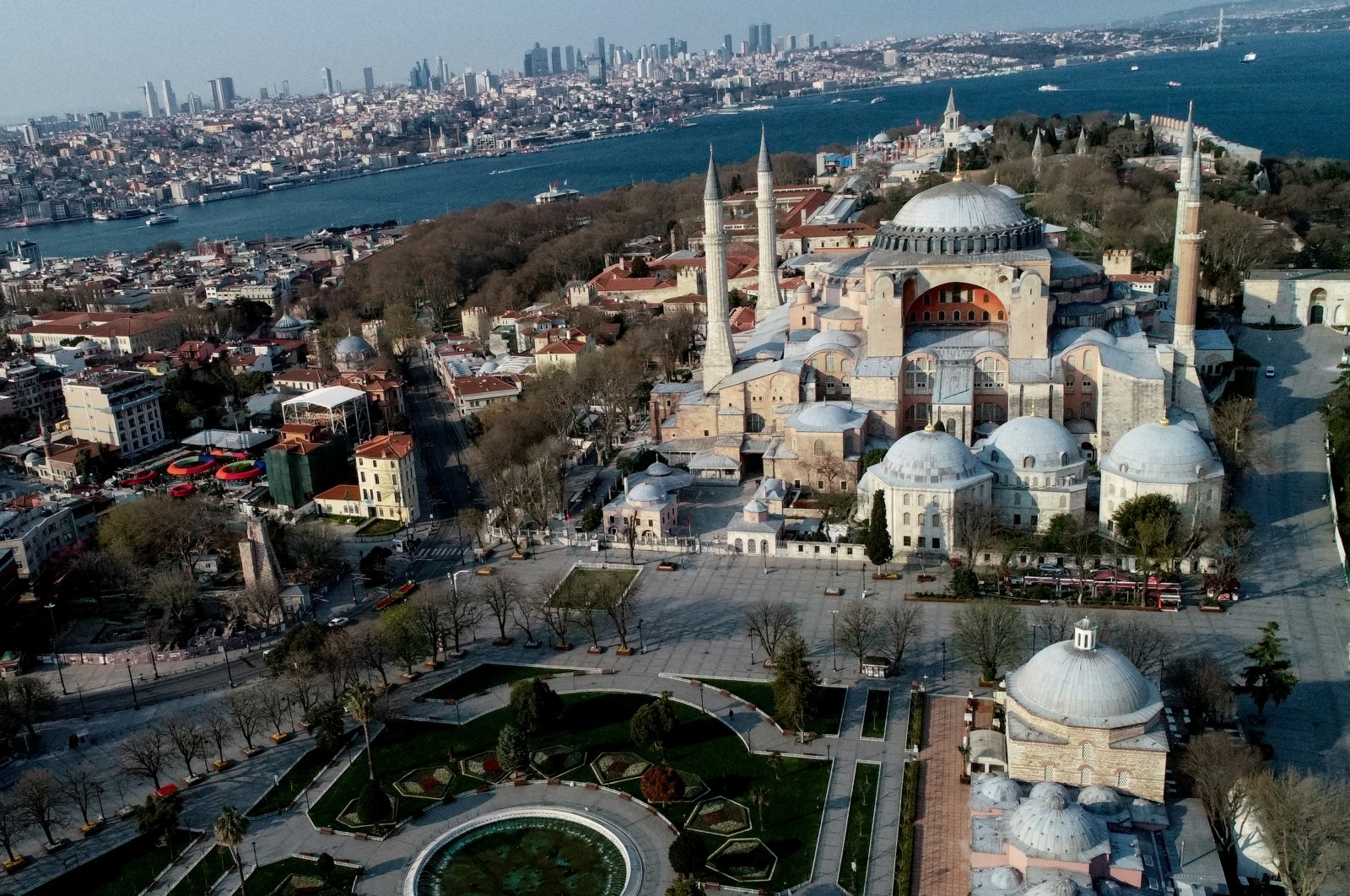 An aerial view shows deserted streets around the Byzantine-era monument of Hagia Sophia and the city during a two-day curfew which was imposed to prevent the spread of the coronavirus disease (COVID-19), Istanbul, April 11, 2020. (Reuters Photo)