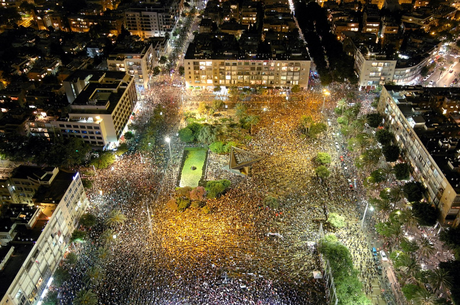 A general view shows Rabin Square as Israelis protest against the government's response to the financial fallout of the coronavirus crisis in Tel Aviv, Israel, July 11, 2020. (Reuters Photo)