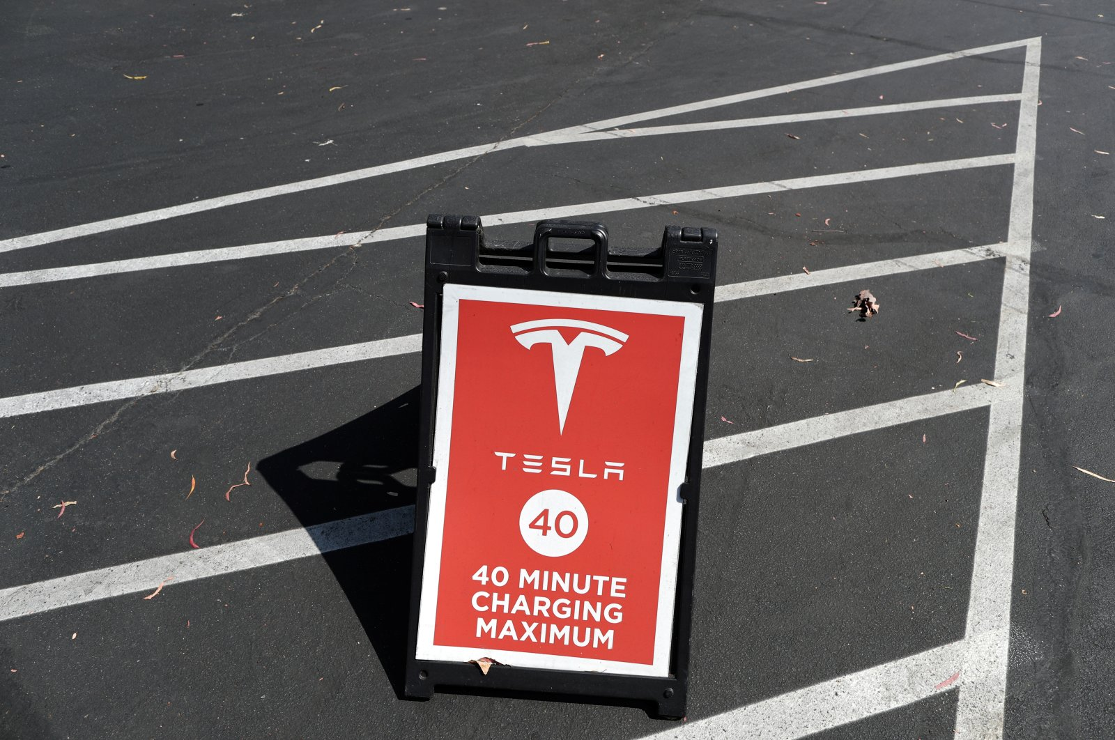 A Tesla SuperCharger station is seen in Los Angeles, California, U.S., July 9, 2020. (Reuters Photo)
