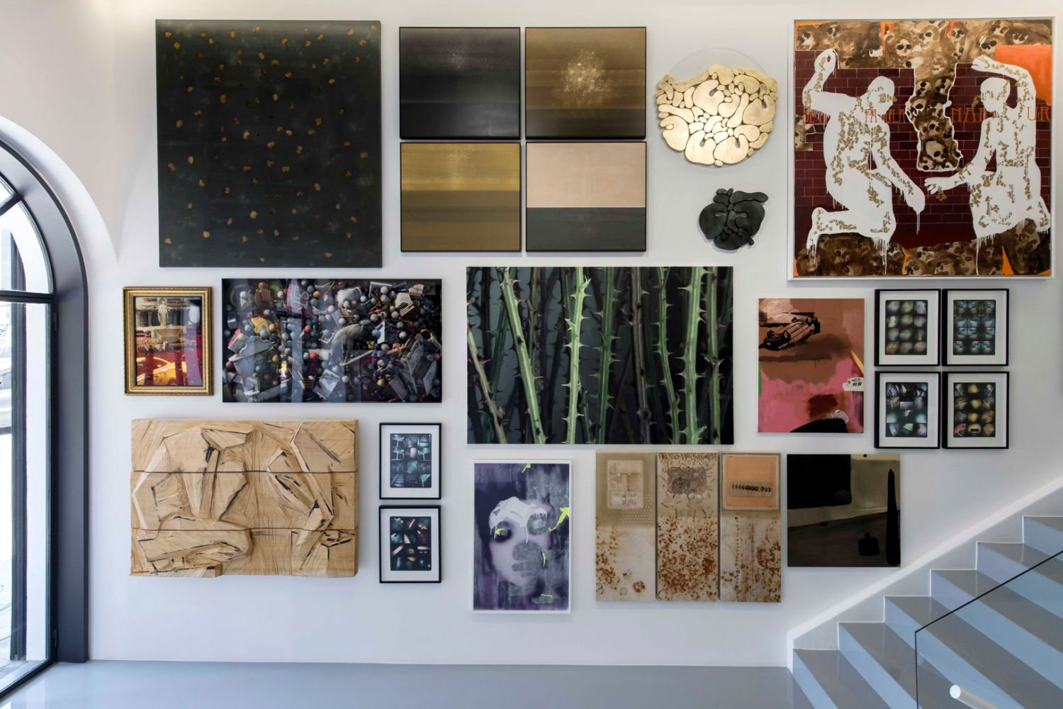 'Eternal Summer' group show reveals multiple vision possibilities with the works by 24 artists at ArtOn in Istanbul.