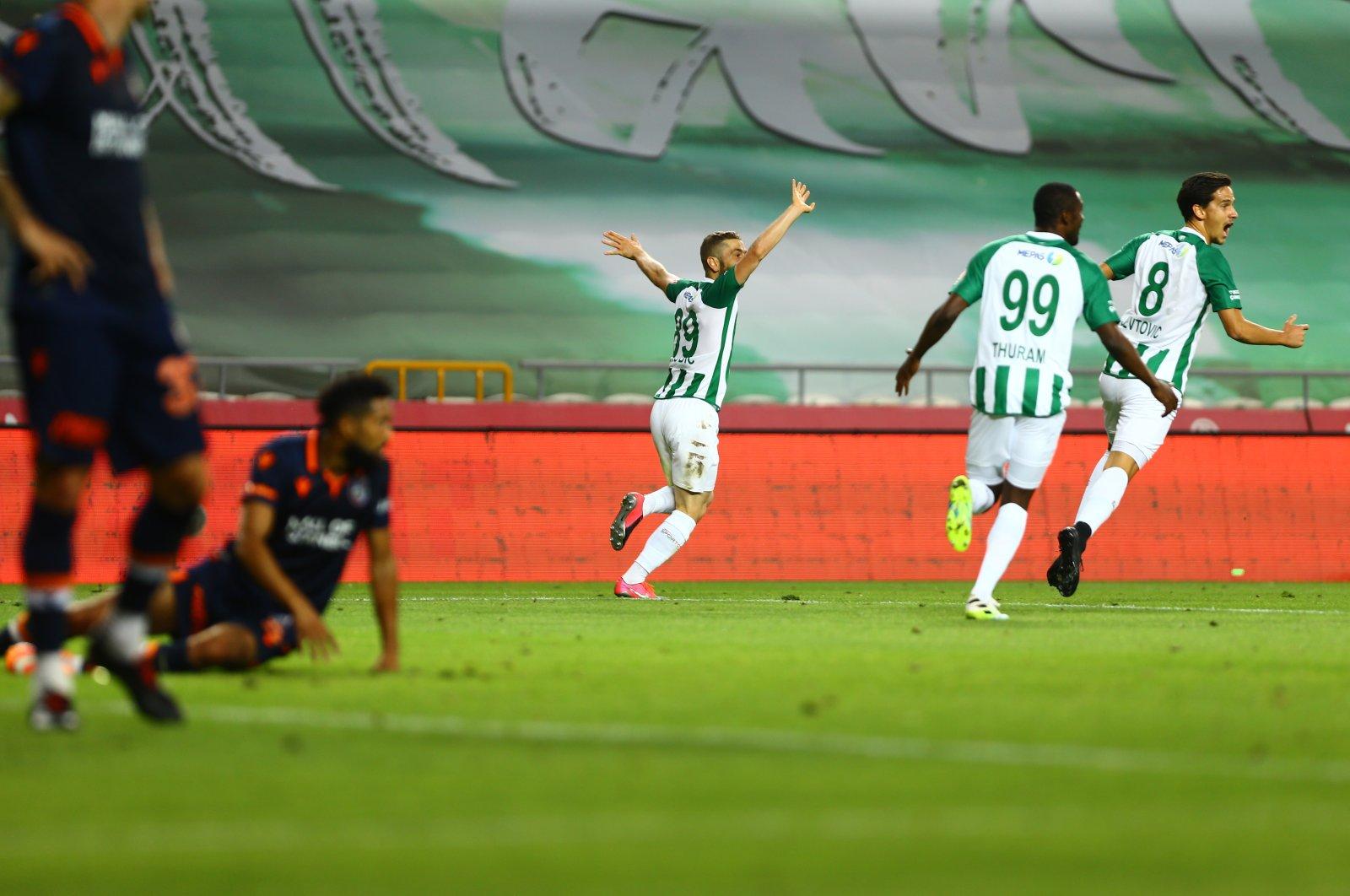 Konyaspor players celebrate defeating Başakşehir in Konya, Turkey, July 13, 2020. (AA Photo)