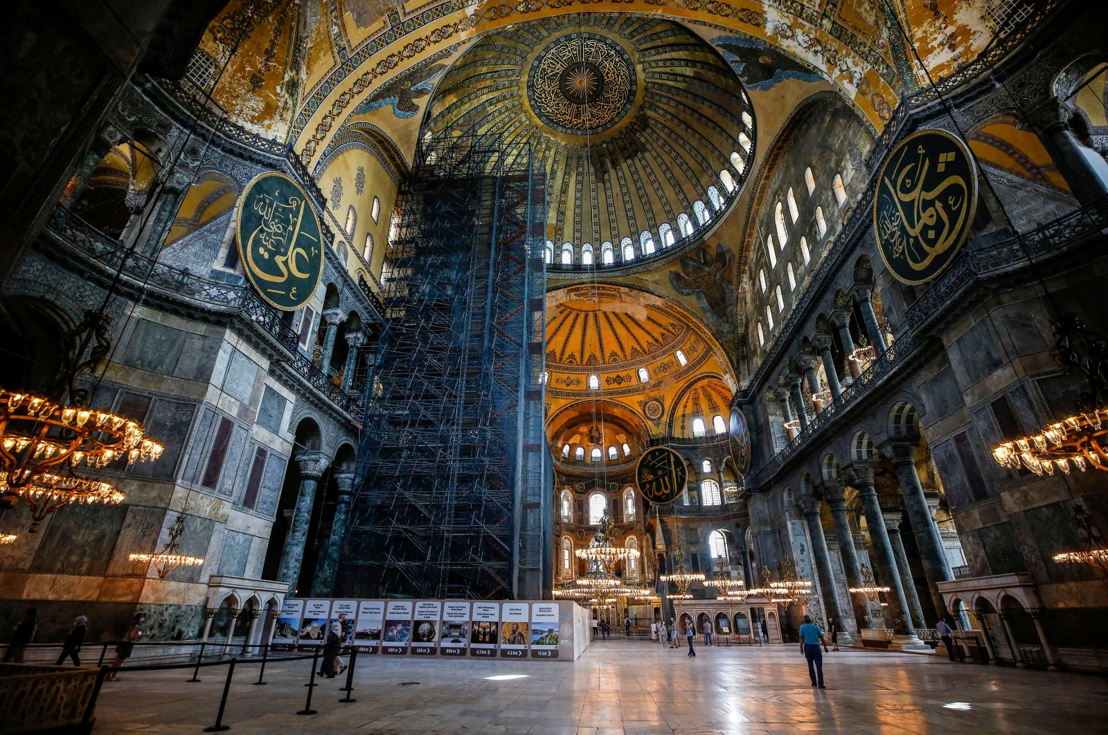 People visit the Hagia Sophia, one of Istanbul's main tourist attractions in the historic Sultanahmet district of Istanbul on Thursday, June 25, 2020. (AA PHOTO)