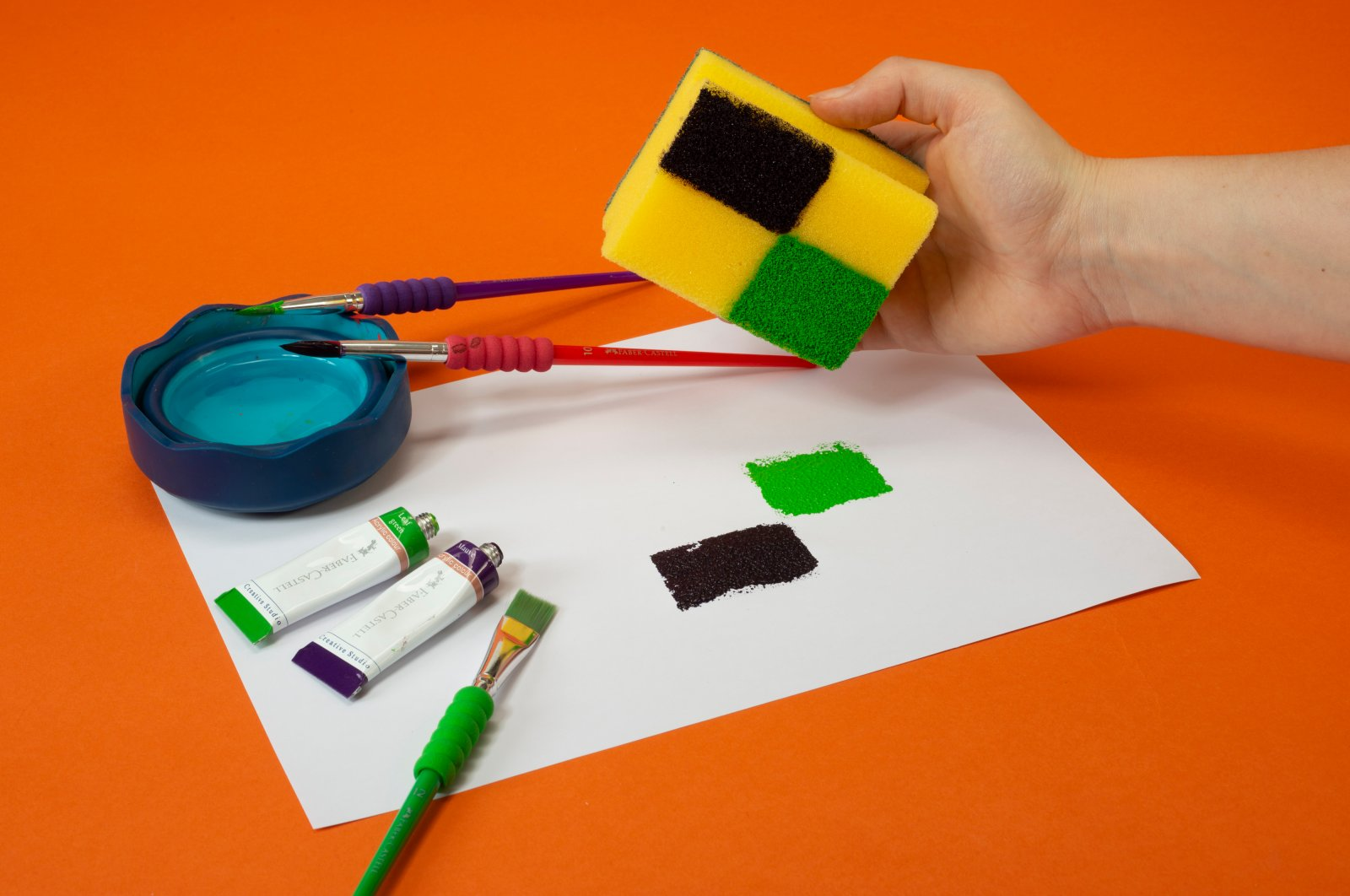 """The """"Sponge Printing Workshop"""" will enable children to learn about the pop art technique of Andy Warhol."""