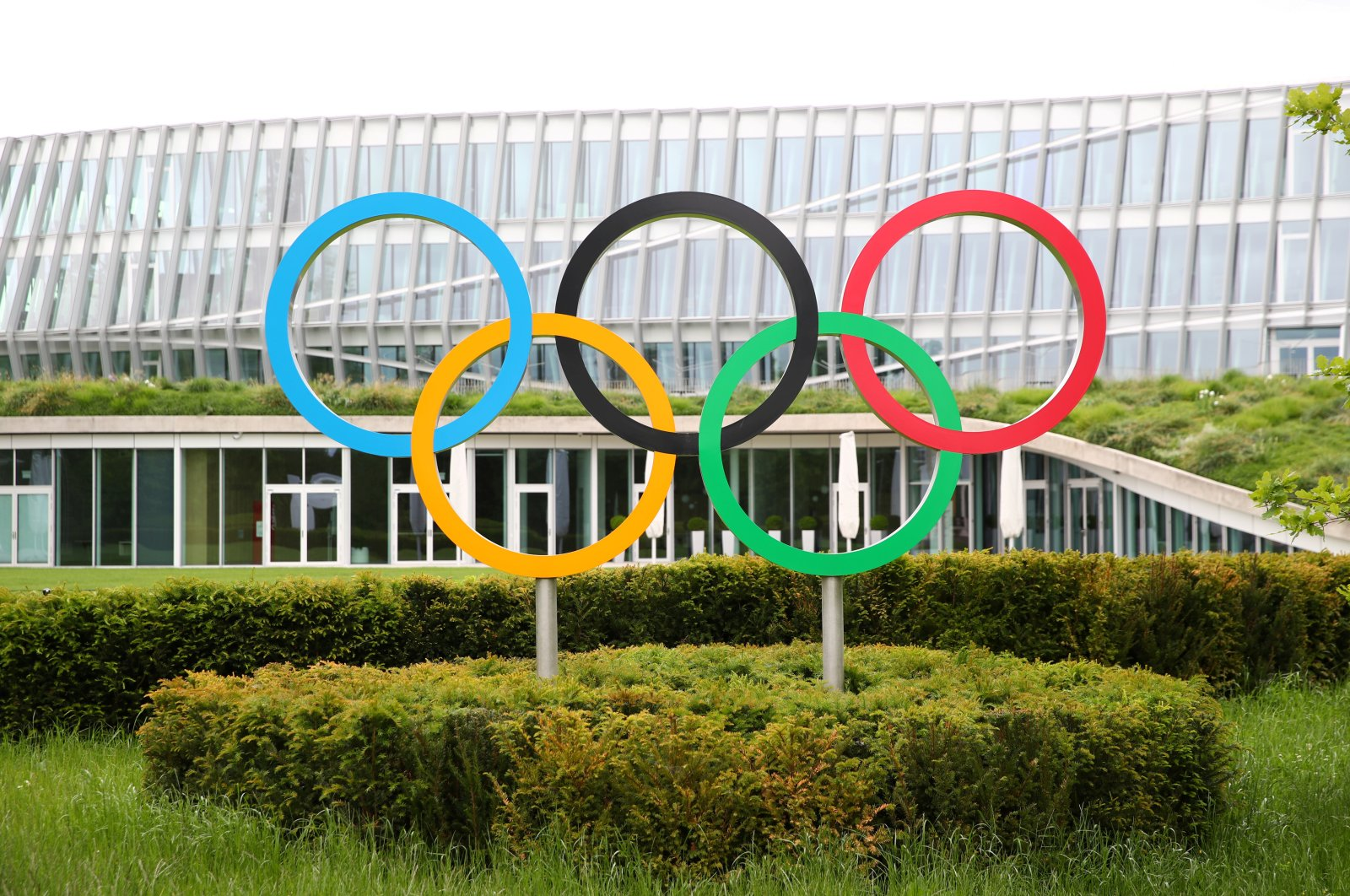 The Olympic rings are pictured in front of the International Olympic Committee (IOC) headquarters in Lausanne, Switzerland, May 14, 2020. (Reuters Photo)