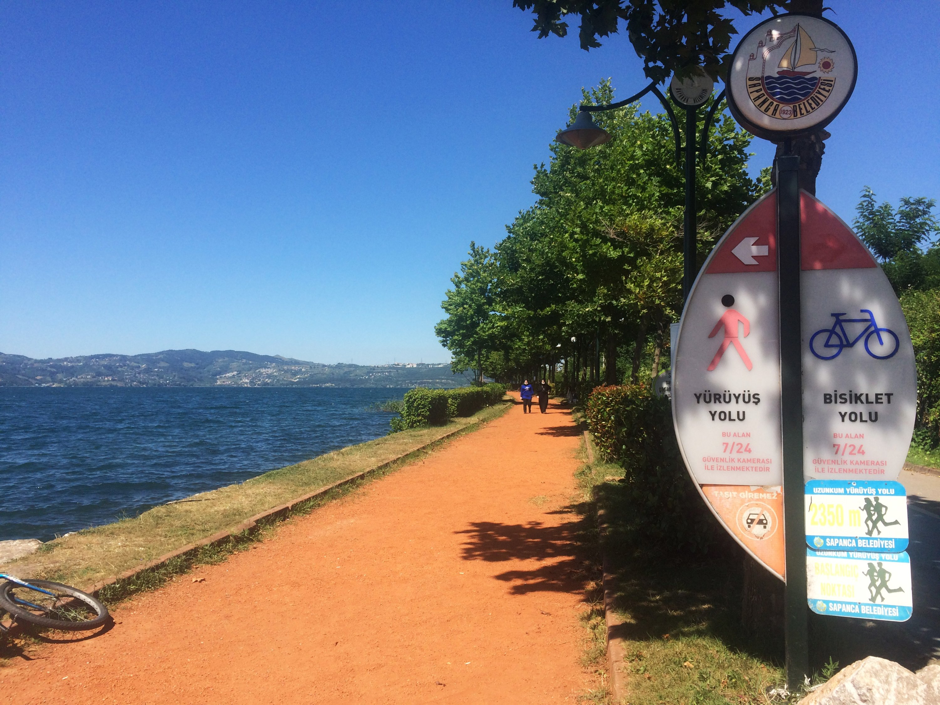 The walking and biking paths starting at Harmanlık provide a breezy spot to exercise along the water, July 11, 2020. (Gabriela Akpaça / Daily Sabah)
