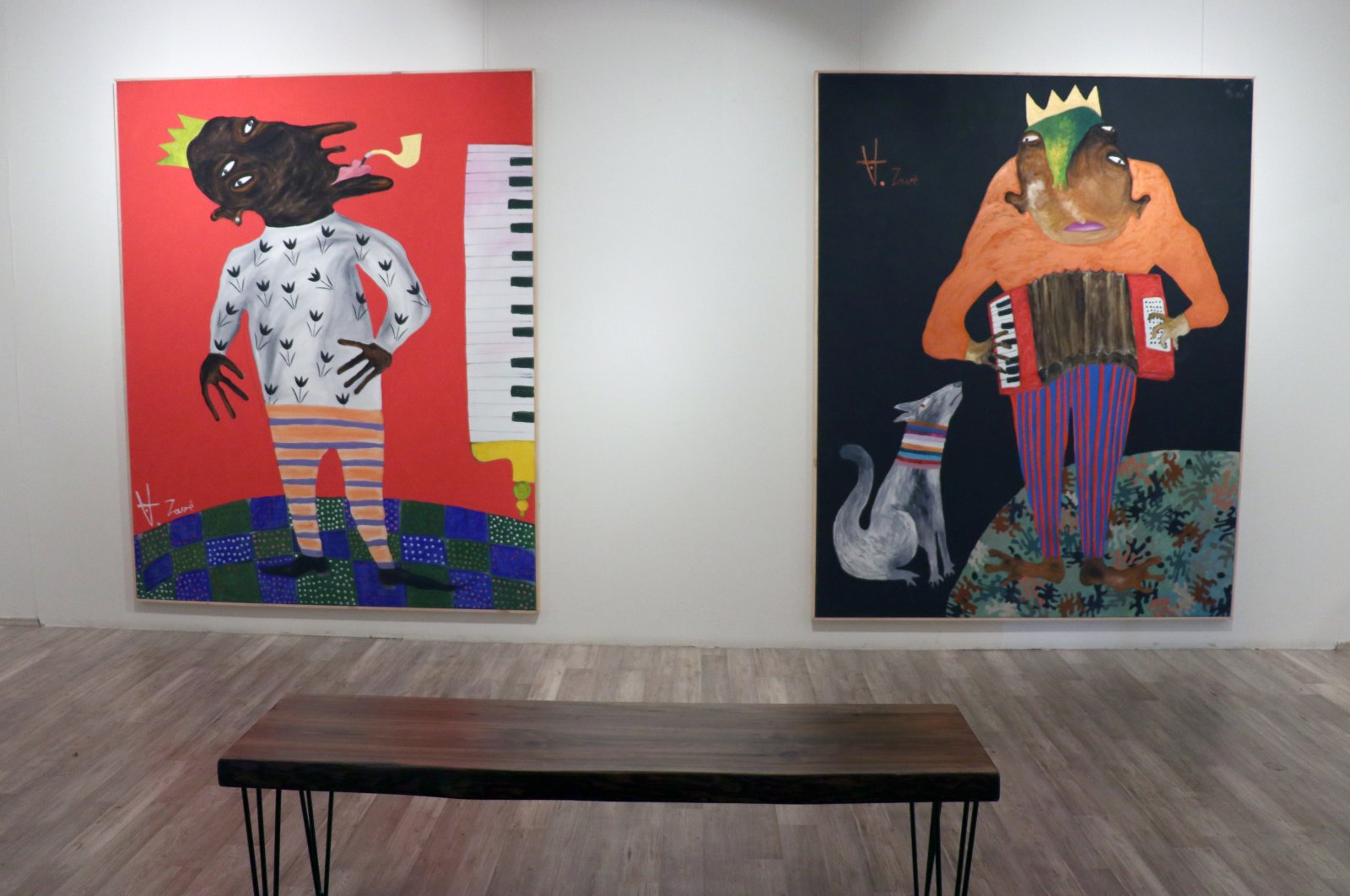 """Syrian painter Akram Zave's oil-color exhibition """"the decedents of the Piper"""" will open for visitors in Istanbul on July 18, 2020. (AA Photo)"""