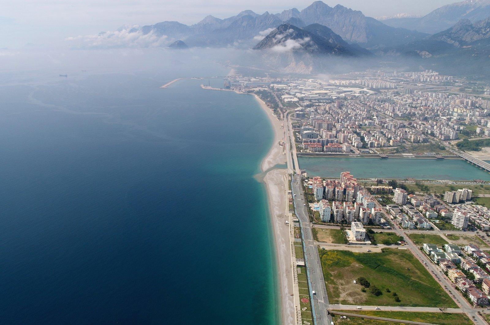 This file photo shows an aerial view of Konyaaltı Beach in Antalya, Turkey, July 20, 2020. (DHA Photo)