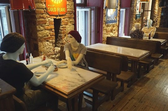 Mannequins placed at tables to ensure social distancing at a cafe in Istanbul, Turkey, June 2, 2020. (DHA Photo)