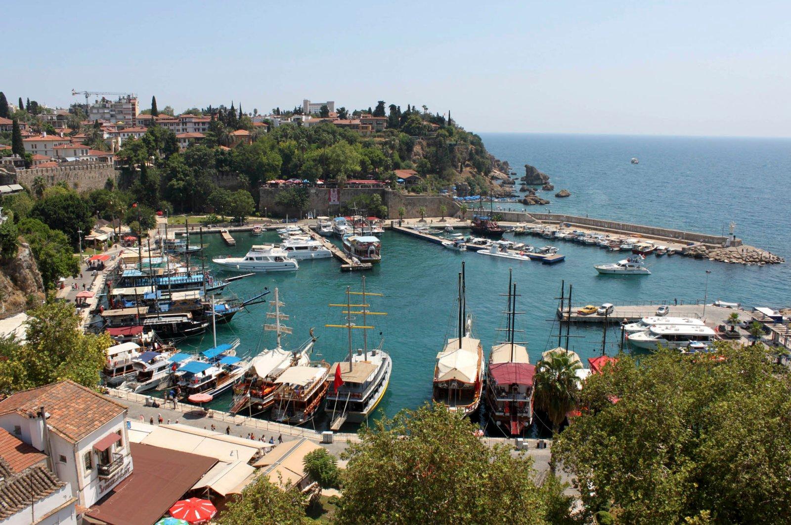 Boats sit anchored at a port in Antalya, southern Turkey, Aug. 28, 2018. (DHA Photo)