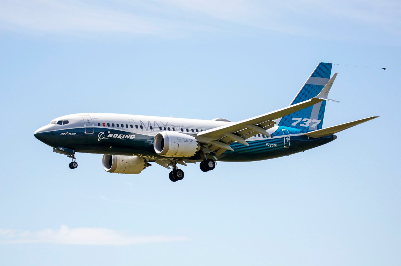 A Boeing 737 Max jet comes in for a landing following a Federal Aviation Administration (FAA) test flight at Boeing Field in Seattle, Washington D.C., June 29, 2020 (AFP Photo)